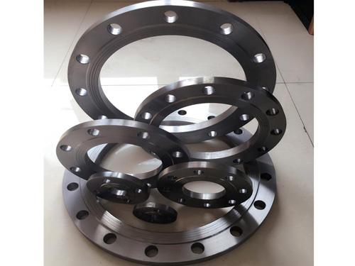 产品名称归严肃:锻造碳钢平焊法兰